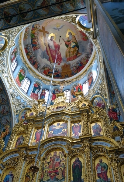 1_pechersk-lavra-monastery-3